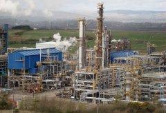 petrochemical-plant-960296.jpg
