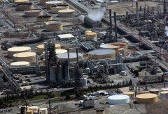 refinery-109023.jpg